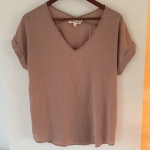 Pink rose bide blush blouse size M v-neck
